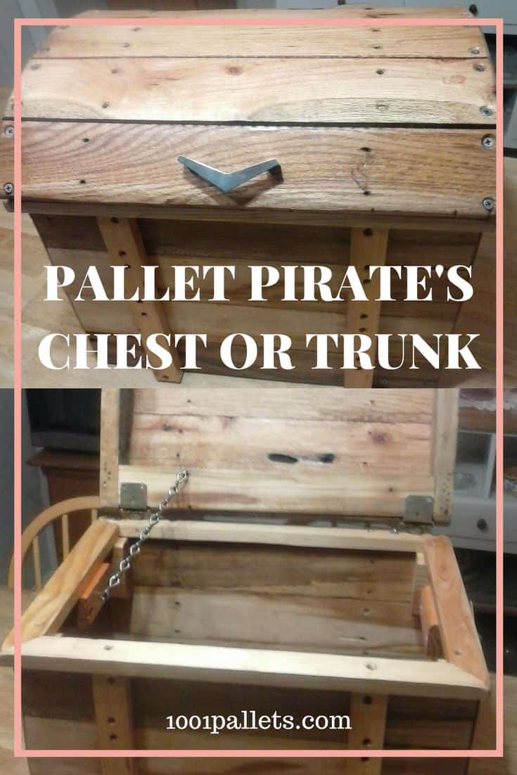 Make a Pallet Treasure Chest or Trunk to store your goodies! This idea also makes an adorable kid's toy chest (but use safety hinges or lift assists). #diypalletchest #diypirateschest #diypallettrunk #diytoybox #diytoychest