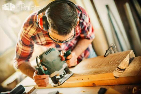 One of the most important Woodworking Tips is safety wear: properly fitted clothing, safety glasses, hearing protection, and protective boots are a must!