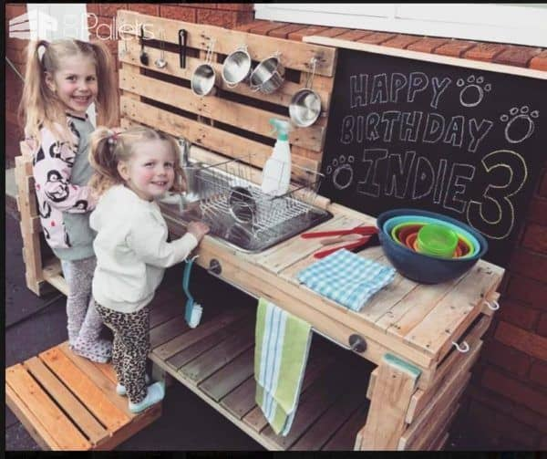 The Pallet Kid's Kitchen is a hit with the kids.