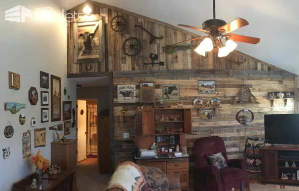 I built this Pallet Wall as a focal wall for my grandmother's house, and styled it after an old barn.