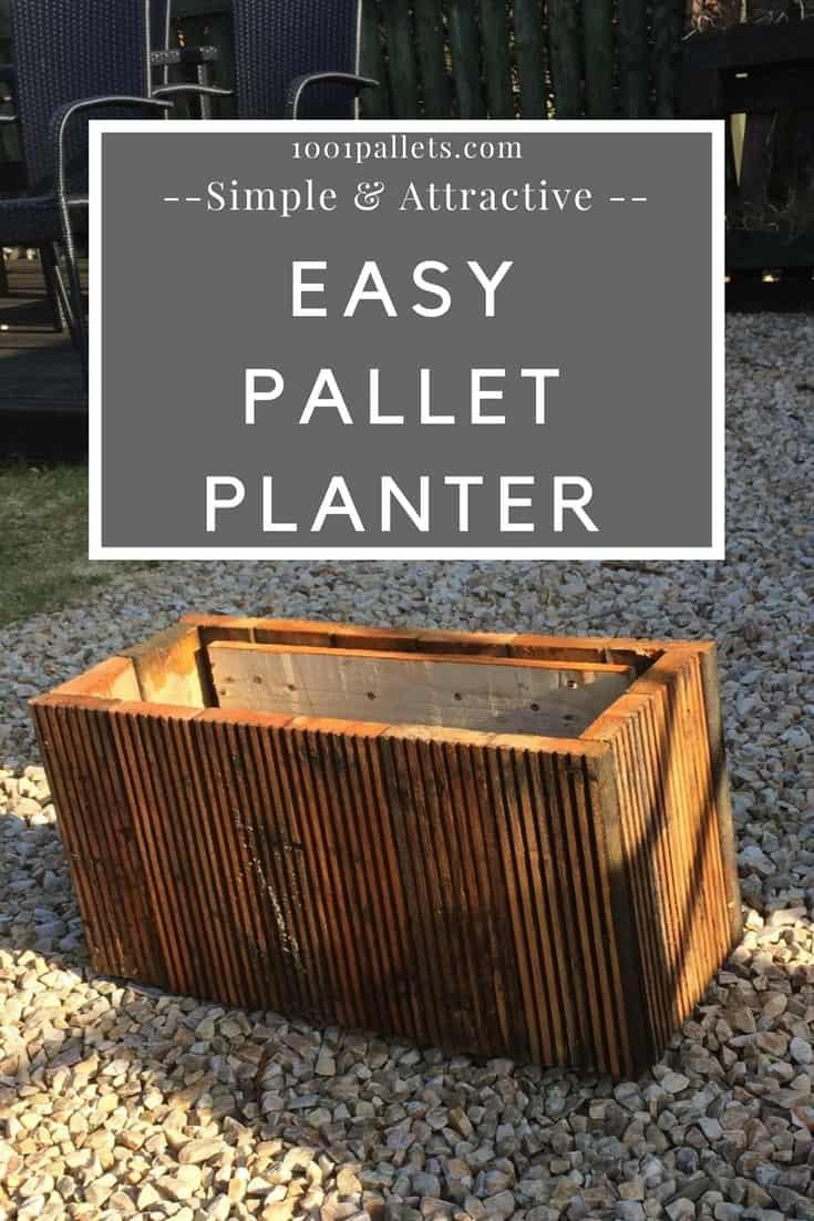 Upcycle old decking boards & pallets in this Pallet Planter. This is a perfect feature piece in your yard or as an accent on your porch. Leave it natural or stain & seal it. Line it & plant in it or conceal potting containers. #palletplanter