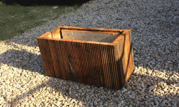 Simple, Attractive Planter Made From Pallets! Pallet Planters & Compost Bins