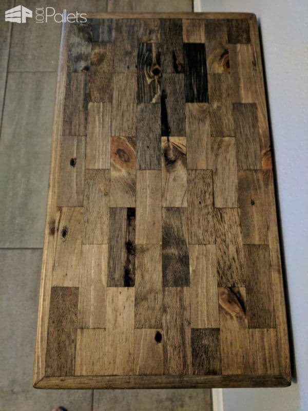 A top view of my Pallet Strips End Table.