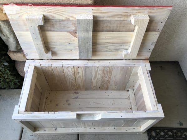 The Patriotic Pallet Bench has lots of storage inside for larger delivery boxes.