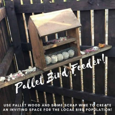 Simple Attractive Pallet Bird Table Feeder