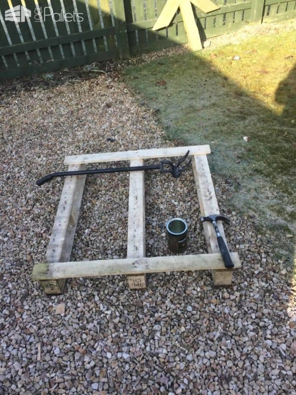 Diy: Garden Pallet Raised Bed