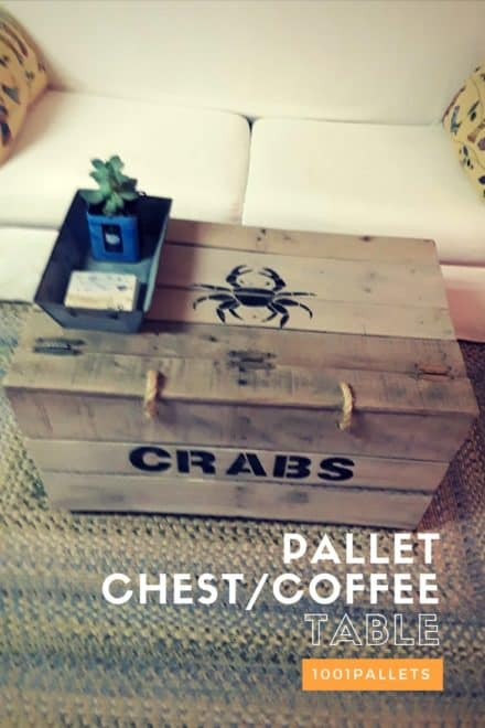 Pallet Chest/Coffee Table with Printed Crab