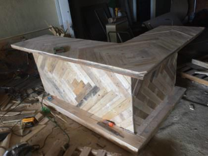 Lovely L Shaped 3 Piece Pallet Bar For My Buddy 1001 Pallets