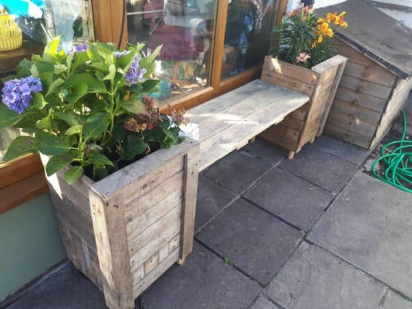 Double Pallet Planter with a Seat Pallet Planters & Compost Bins