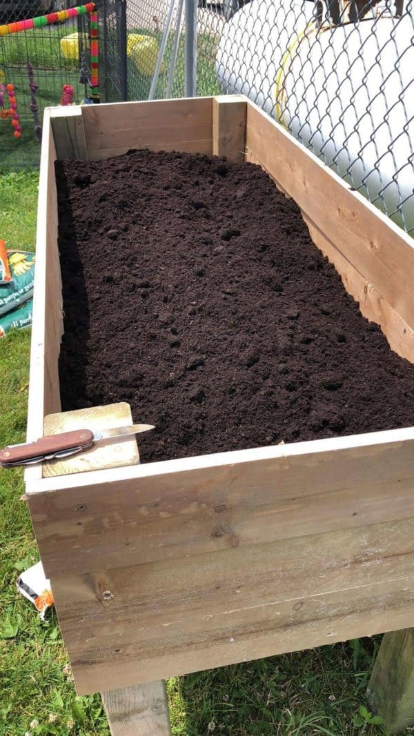 Raised Pallet Planter Box Pallet Planters & Compost Bins