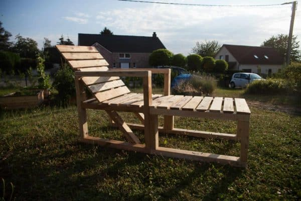 Garden Pallet Couch / Transat En Palettes DIY Pallet Video Tutorials Lounges & Garden Sets