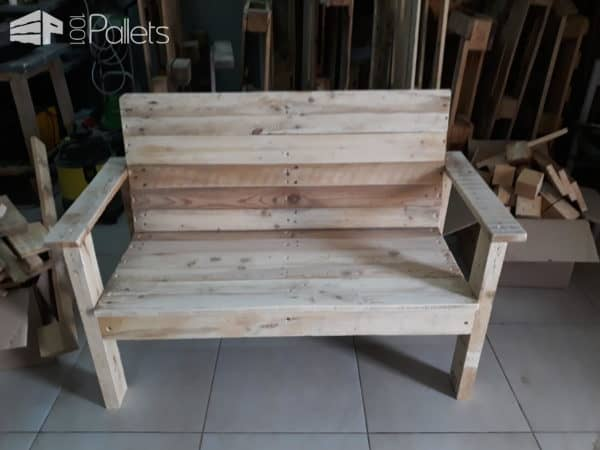 Garden Bench from Wood Pallets