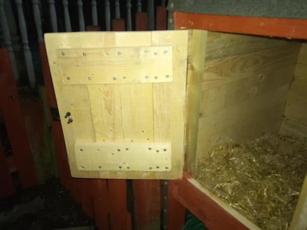 Pallet Rabbit Hutch or Small Animal House Animal Pallet Houses & Pallet Supplies