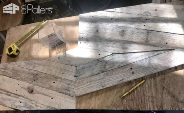 50-inch Pallet Sign: Song of Solomon 3:4 DIY Pallet Tutorials Pallet Wall Decor & Pallet Painting