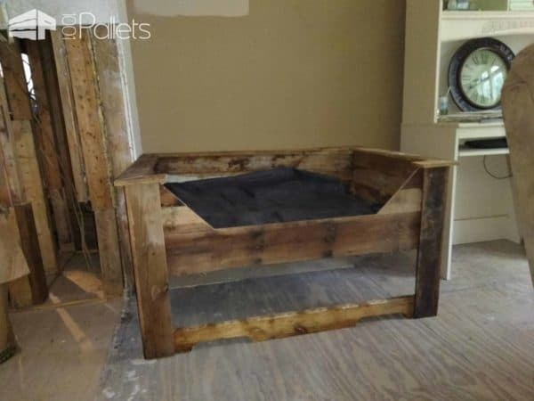 Double Pallet Dog Bed