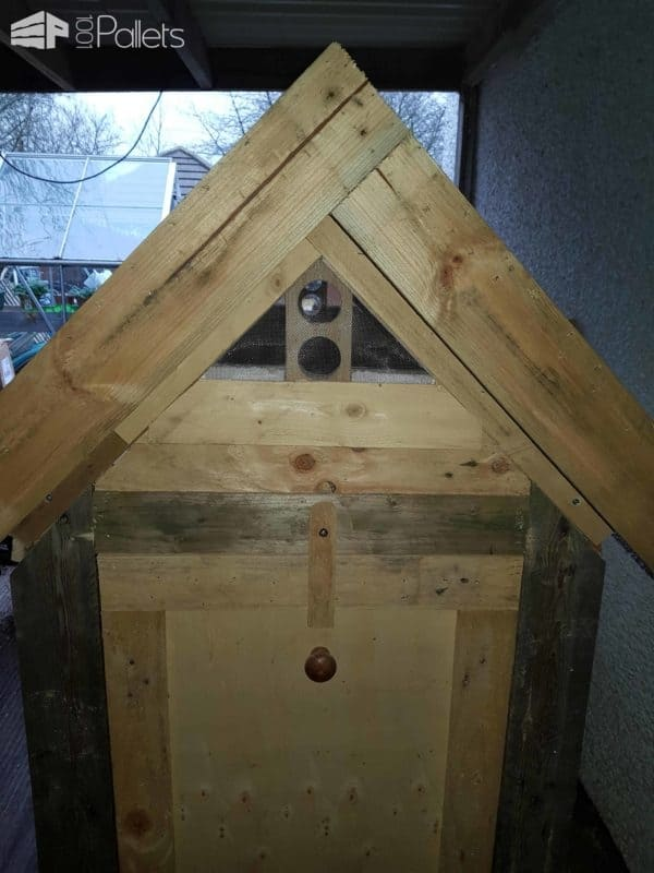 Reclaimed Pallet Chicken Coop Animal Pallet Houses & Pallet Supplies