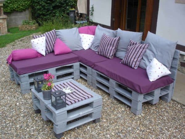 5 Springtime Pallet Projects For Your Garden Animal Pallet Houses & Pallet Supplies Lounges & Garden Sets Pallet Planters & Compost Bins