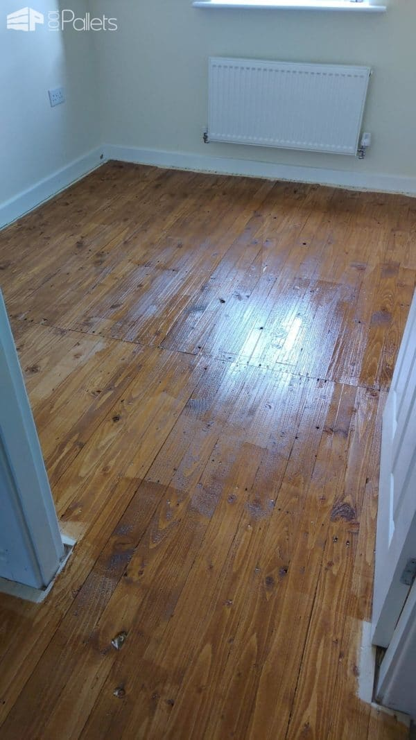 Flooring with Upcycled Pallets Pallet Floors & Decks