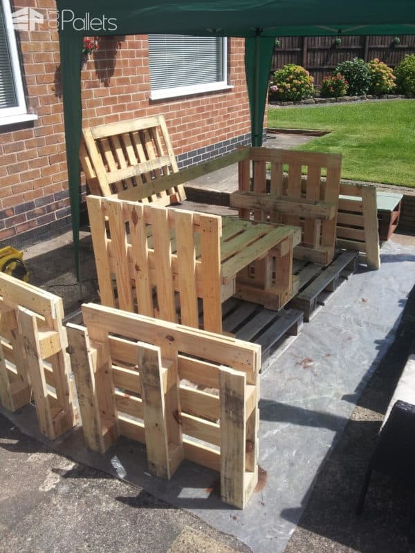 Garden Sofa From Pallets Lounges & Garden Sets Pallet Sofas & Couches