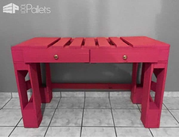 Standing Desk Idea with Pallets for College Students Pallet Desks & Pallet Tables