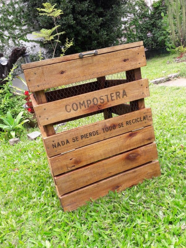Compost Bin Made from Recycled Pallet Wood Pallet Planters & Compost Bins
