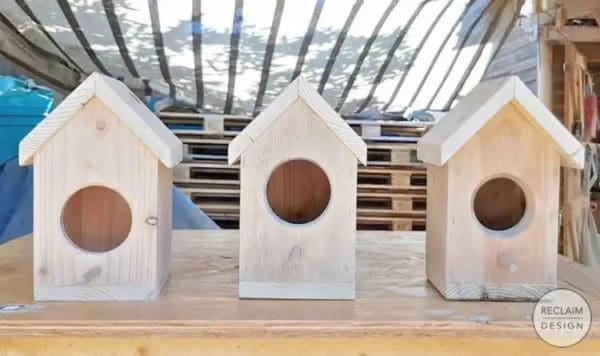 How To Make A Bird Box Out Of Pallet Wood Animal Pallet Houses & Pallet Supplies DIY Pallet Video Tutorials