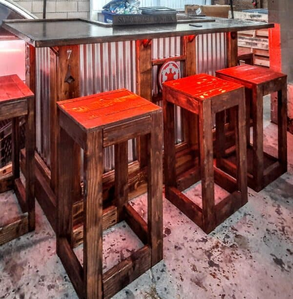 Rustic Bar with Pallet Bar Stools Pallet Benches, Pallet Chairs & Stools