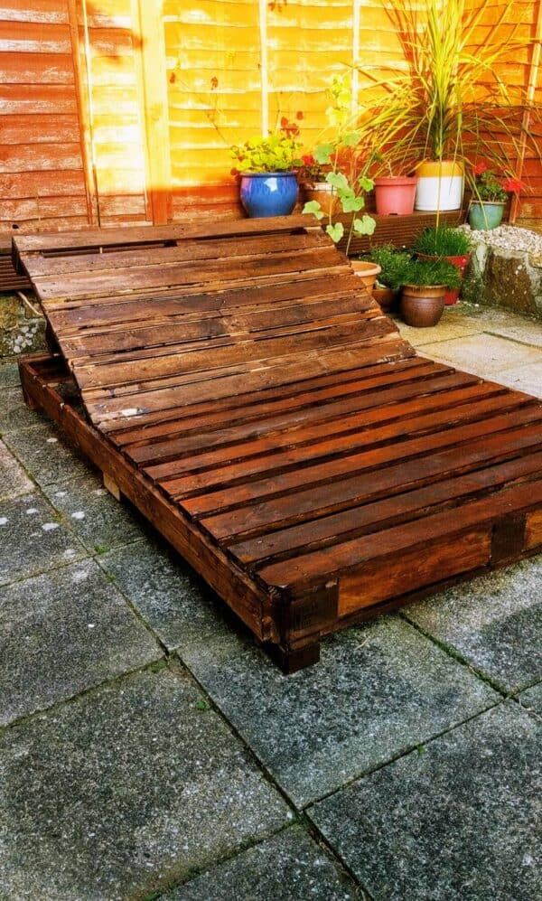 Adjustable Pallet Lounger Pallet Benches, Pallet Chairs & Stools