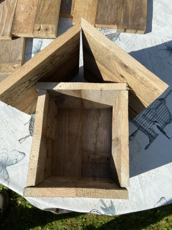 Bee Hostels from Pallet Wood Animal Pallet Houses & Pallet Supplies