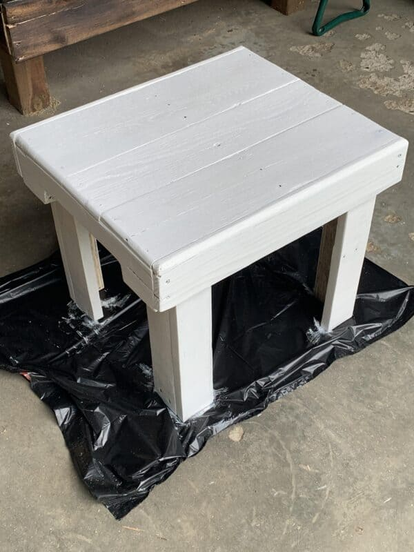 Pallet Footstool or Small Table Pallet Desks & Pallet Tables