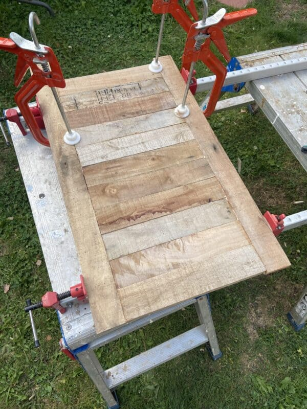 Bbq Table Made from Reclaimed Wood & Pallets Pallet Desks & Pallet Tables