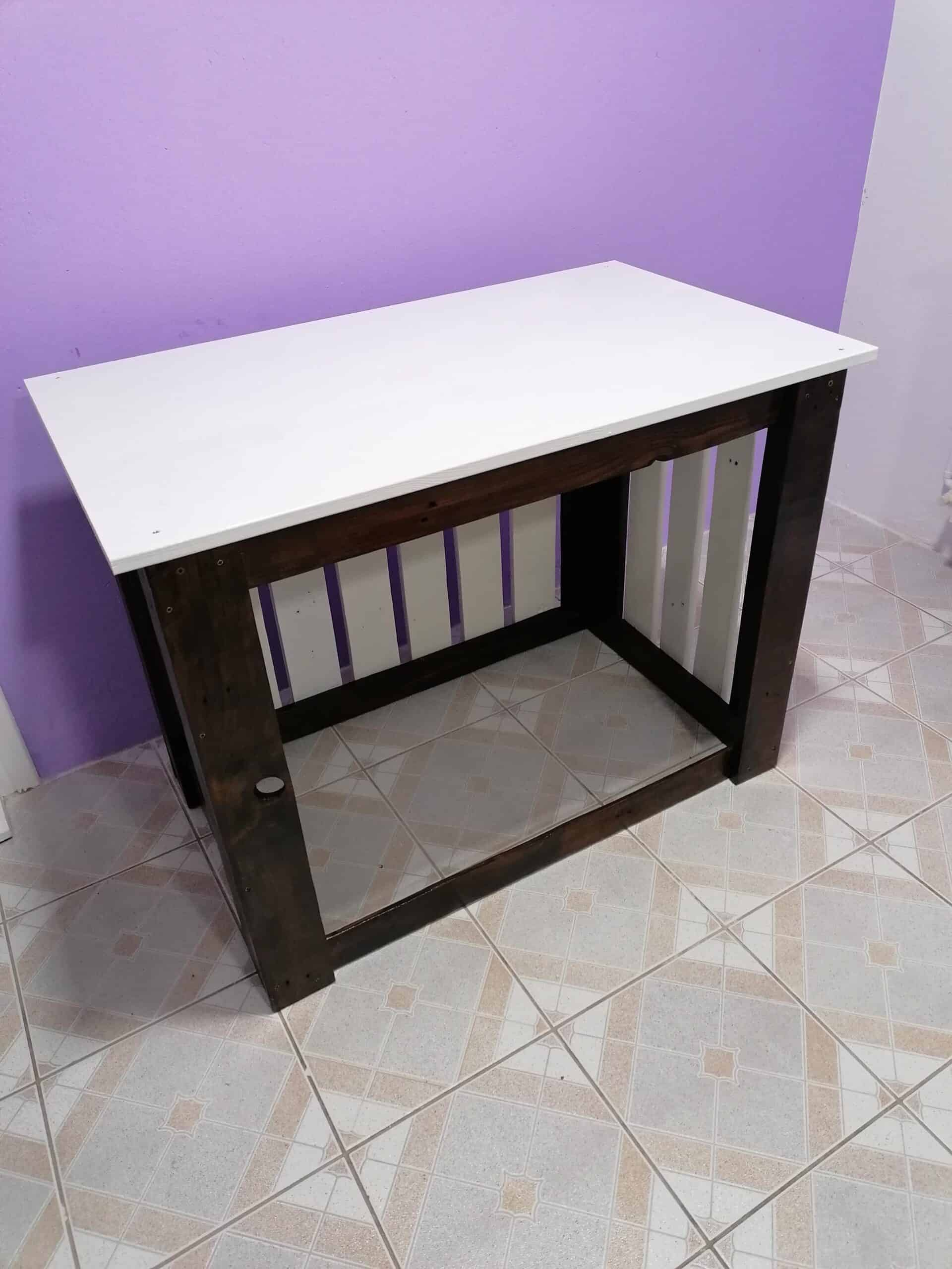 How I Made Work Table for Home Use From Ordinary Pallets