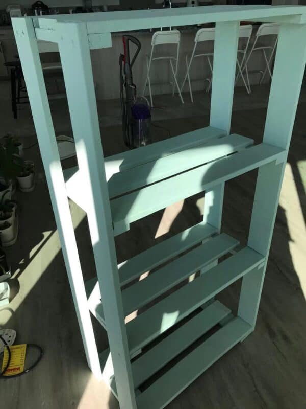 How I Made This One Single Pallet Shelf Pallet Bookcases & Bookshelves Pallet Shelves & Pallet Coat Hangers