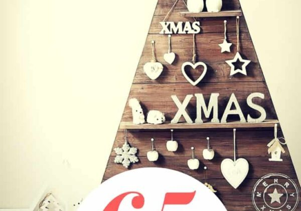 1001pallets.com-65-pallet-christmas-trees-amp-holiday-decorations-ideas-01