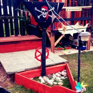 1001pallets.com-pirate-ship-sand-pit