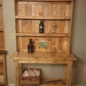 1001pallets.com-beer-hutch