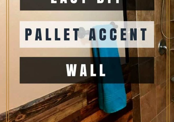 1001pallets.com-bathroom-gets-pallet-accent-wall-makeover-01