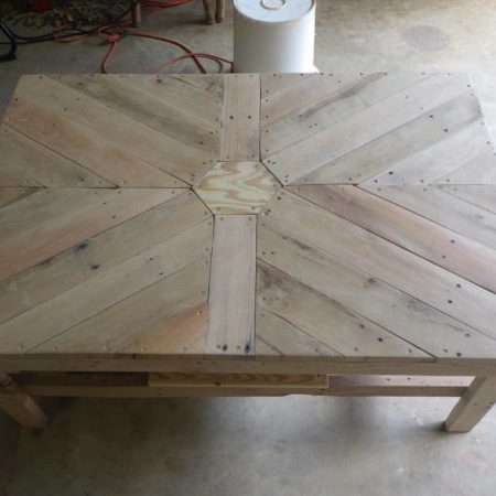 1001pallets.com-hex-coffe-table