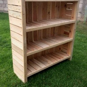 1001pallets.com-beautiful-pallet-bookcase-01