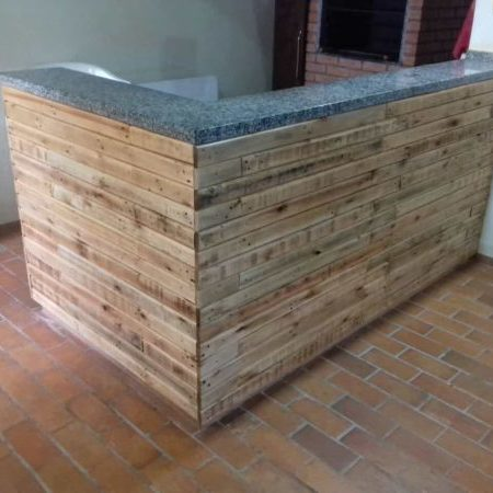 1001pallets.com-beautiful-pallet-outdoor-kitchen-counter-01