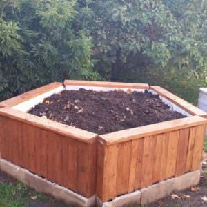 1001pallets.com-raised-garden-bed