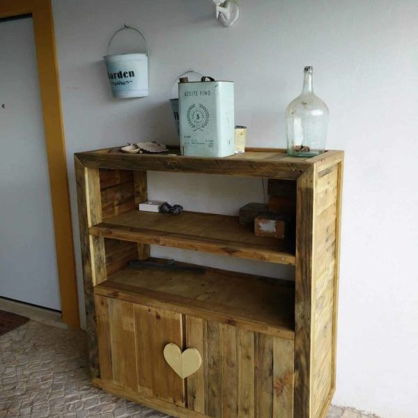 1001pallets.com-cabinets-from-pallets1