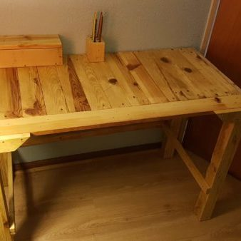 1001pallets.com-kids-desk1
