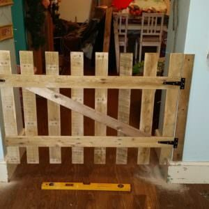 1001pallets.com-childdog-gate