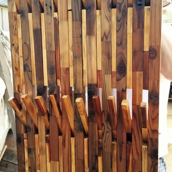 1001pallets.com-coat-clothing-motorcycle-gear-rack