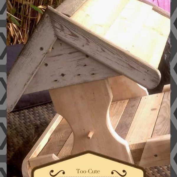 1001pallets.com-cute-little-pallet-bird-house-01
