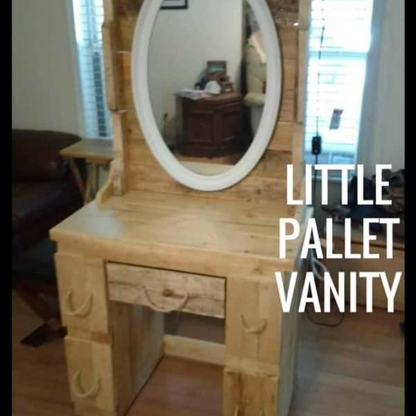 1001pallets.com-diminuitive-pallet-vanity-perfect-for-granddaughter-03
