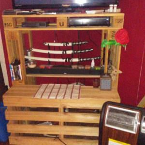 1001pallets.com-tv-entertainment-center