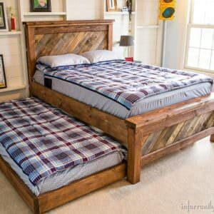 Farmhouse-Pallet-Bed-with-Rolling-Trundle