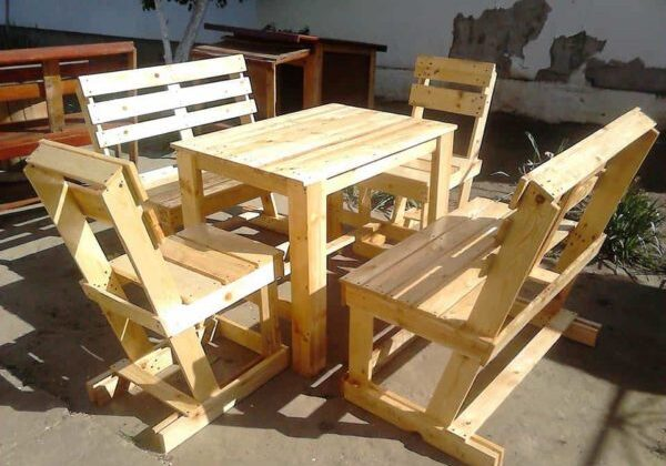 1001pallets.com-garden-furniture-from-pallets